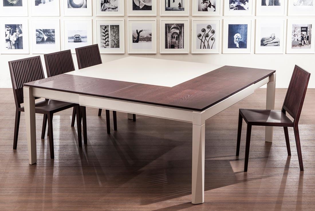 Tavoli Allungabili 12 Posti.Tavolo Quadrato 8 Posti Allungabile Tavoli In Legno Design Moderno