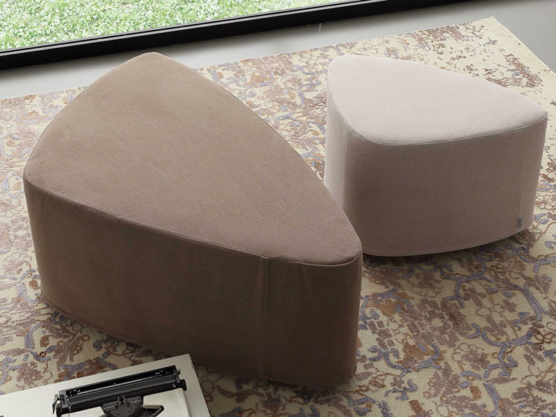 pouf-stone